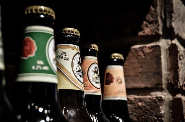 内臓脂肪を減らすためのお酒の飲み方の画像