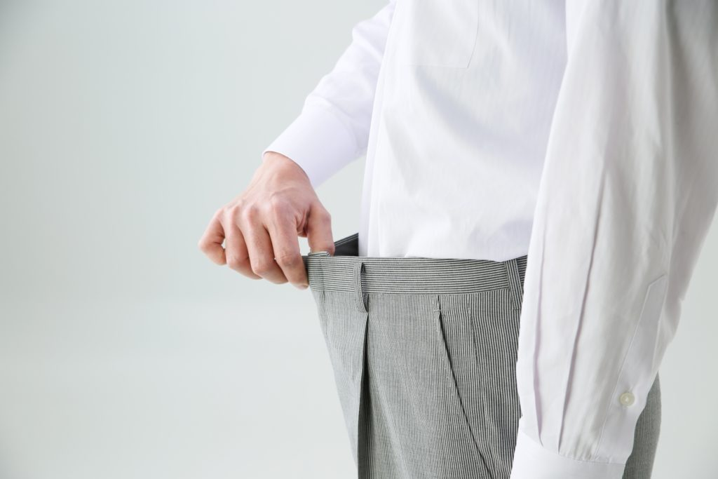 お腹の脂肪を落とすための短期間にできるトレーニングや食事の画像