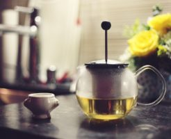 コレステロールを下げるにはお茶が効果的な理由とはの画像
