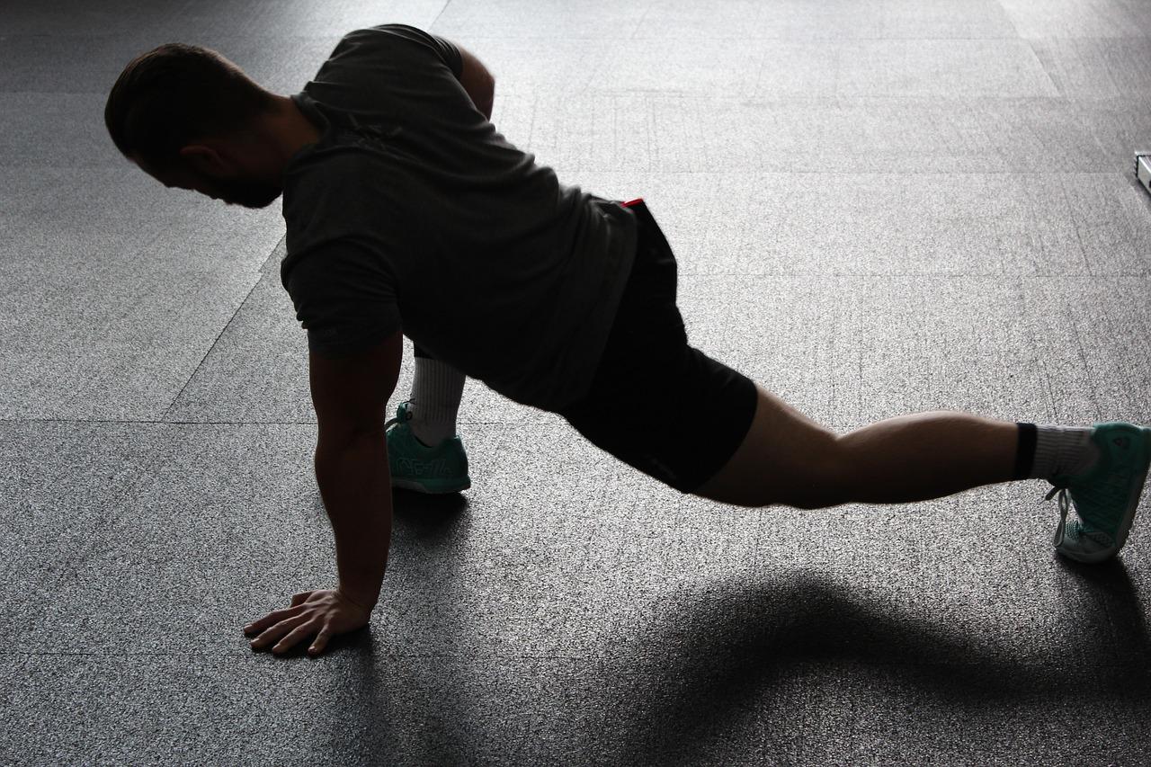 ウエスト引き締めトレーニングの画像