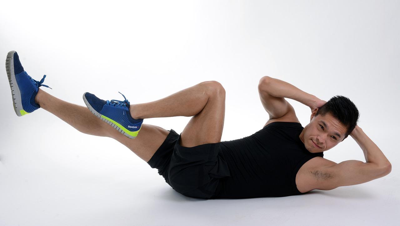 お腹に即効性のある運動を実践!の画像